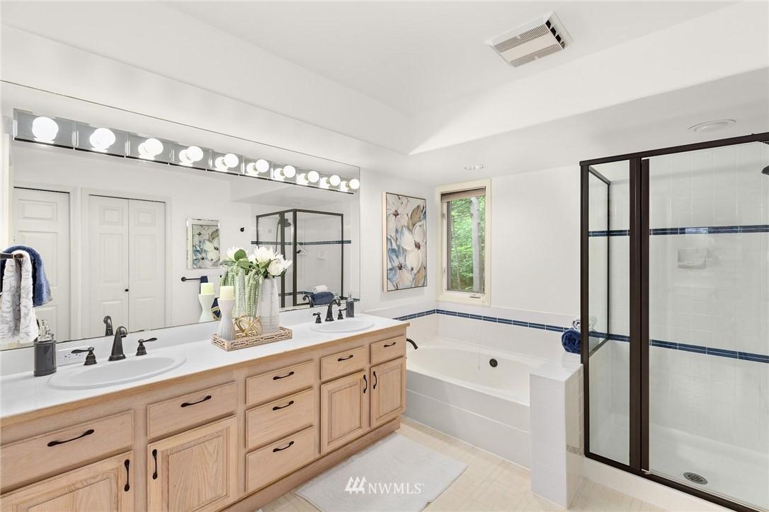 Sold Property | 501 Kirkland Avenue #204 Kirkland, WA 98033 20