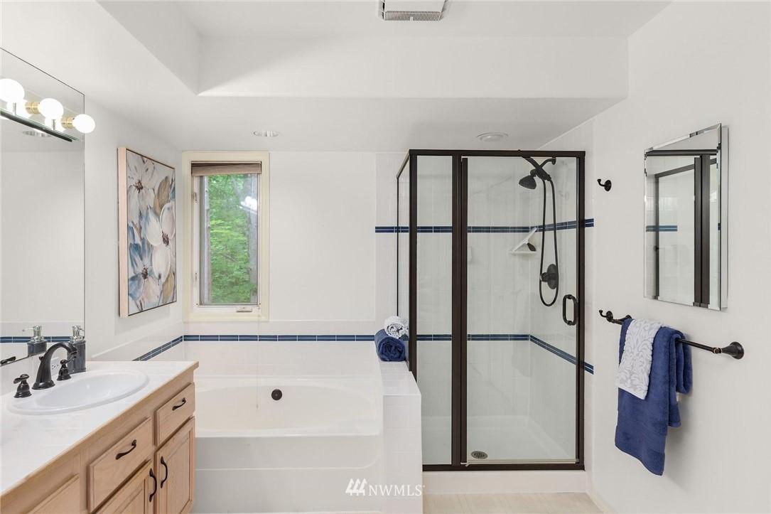 Sold Property | 501 Kirkland Avenue #204 Kirkland, WA 98033 21