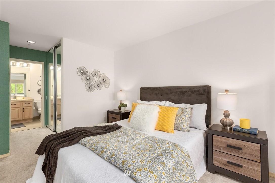 Sold Property | 501 Kirkland Avenue #204 Kirkland, WA 98033 23