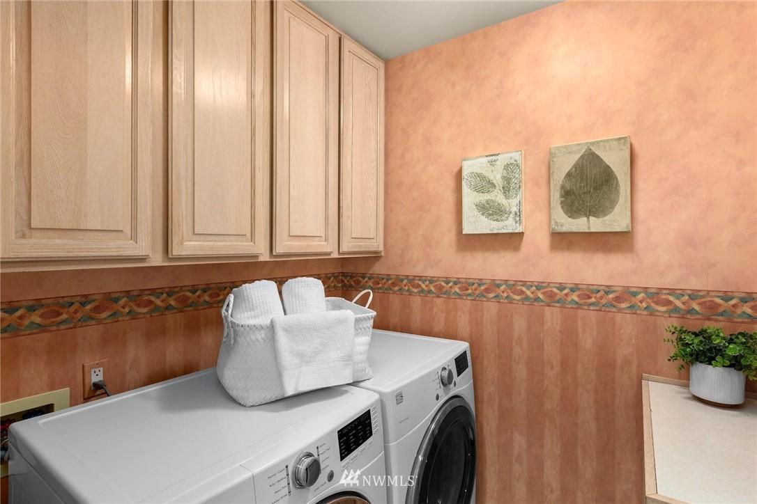 Sold Property | 501 Kirkland Avenue #204 Kirkland, WA 98033 25