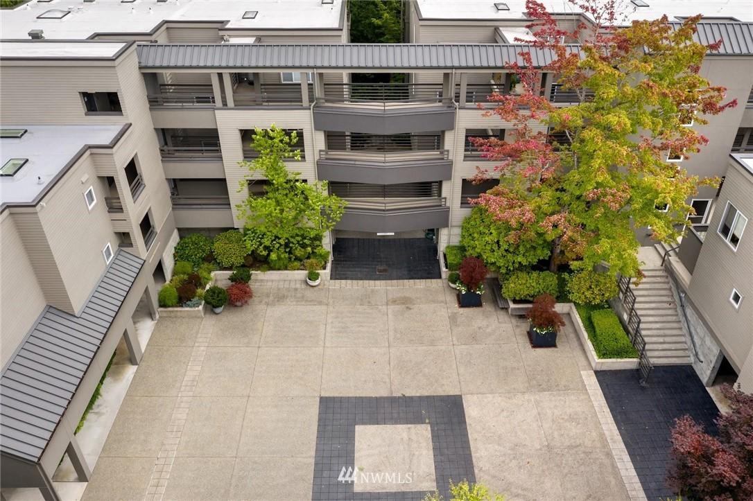 Sold Property | 501 Kirkland Avenue #204 Kirkland, WA 98033 29
