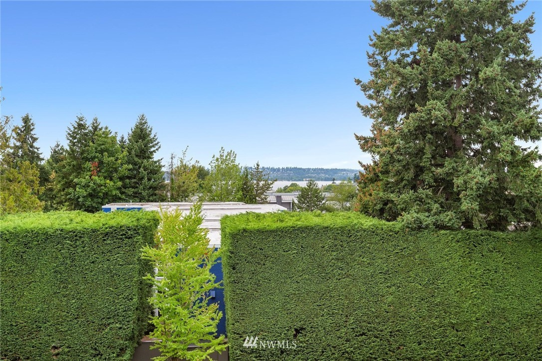 Sold Property | 501 Kirkland Avenue #204 Kirkland, WA 98033 30