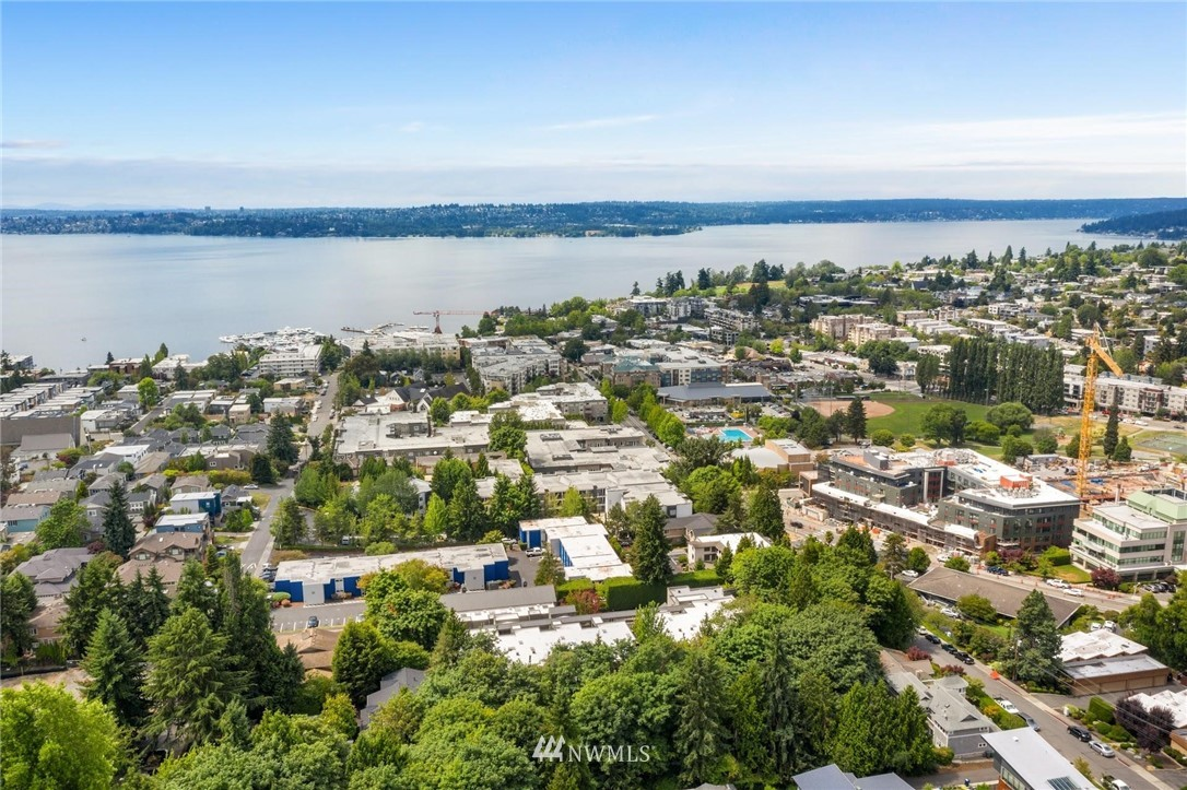 Sold Property | 501 Kirkland Avenue #204 Kirkland, WA 98033 34