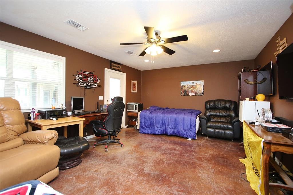 Pending | 653 Grubbs Road Sealy, Texas 77474 42