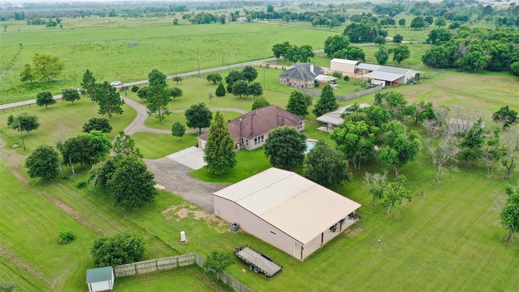 Pending | 653 Grubbs Road Sealy, Texas 77474 47