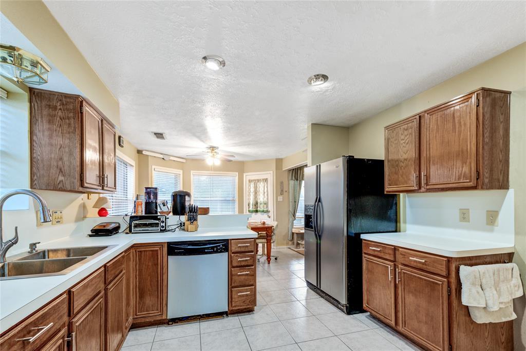 Off Market | 16306 Cobble Springs Court Sugar Land, Texas 77498 13