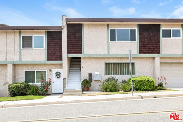 Active | 2223 Clark Lane #3 Redondo Beach, CA 90278 7