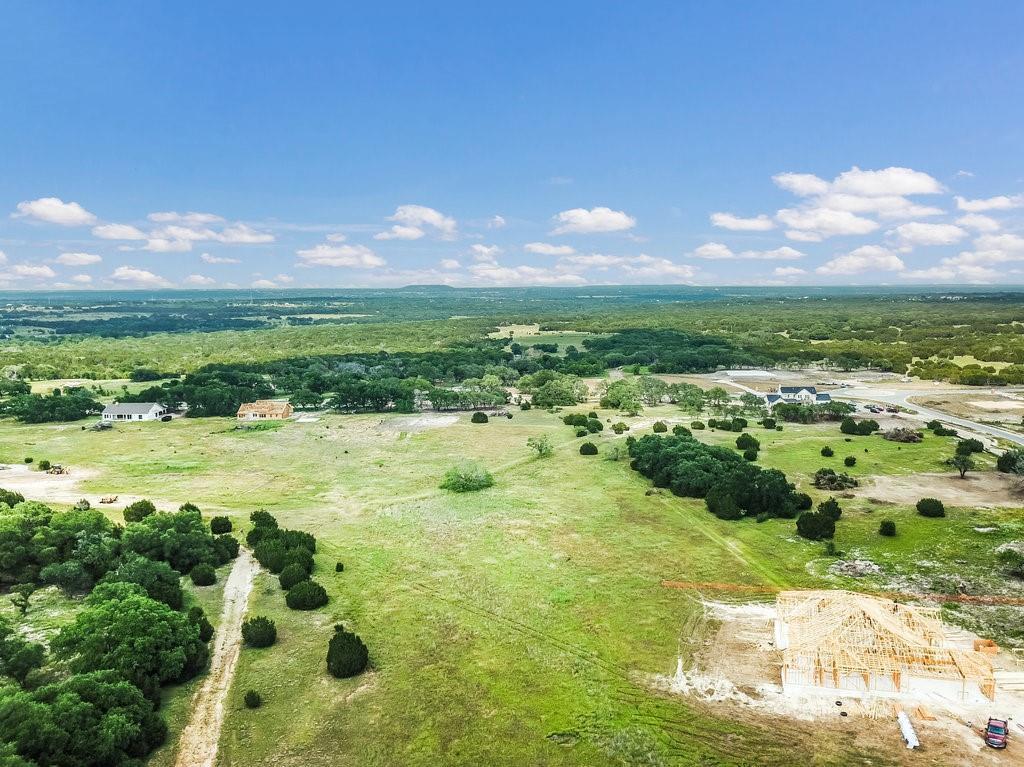Pending | 92 Lobella Bloom Bend Liberty Hill, TX 78642 9