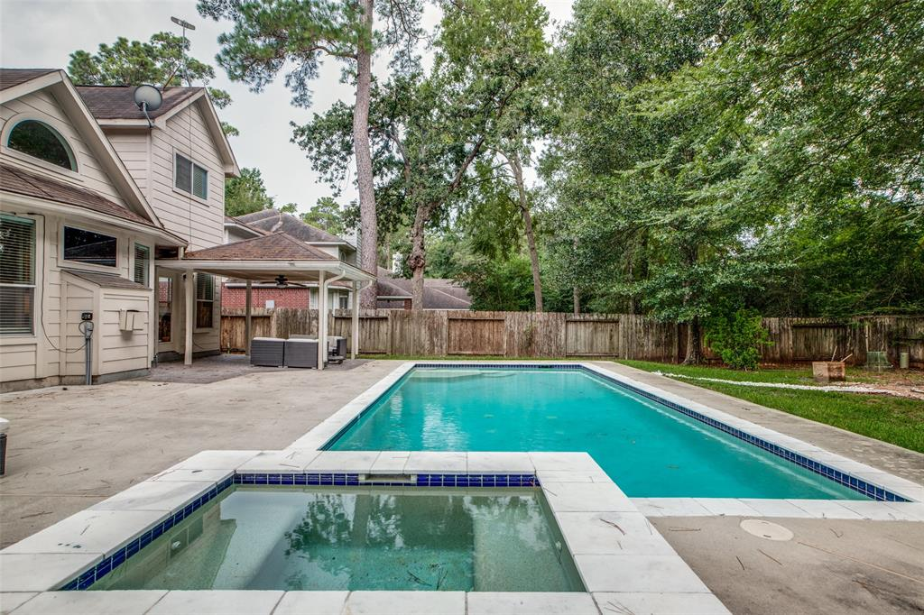 Off Market | 30 Valley Mead Place The Woodlands, Texas 77384 0