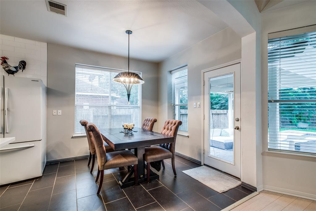 Off Market | 30 Valley Mead Place The Woodlands, Texas 77384 15