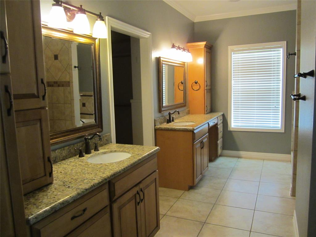 Active | 19402 Bauer Rd #House C Hockley, Texas 77447 13