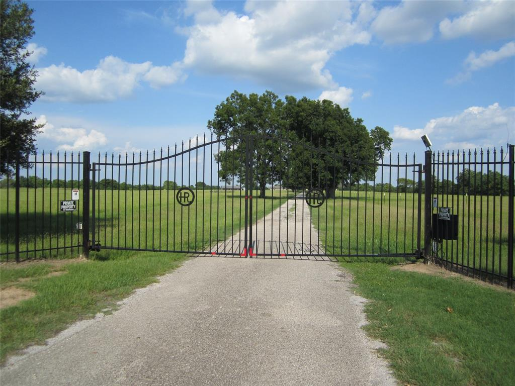 Active | 19402 Bauer Rd #House C Hockley, Texas 77447 21