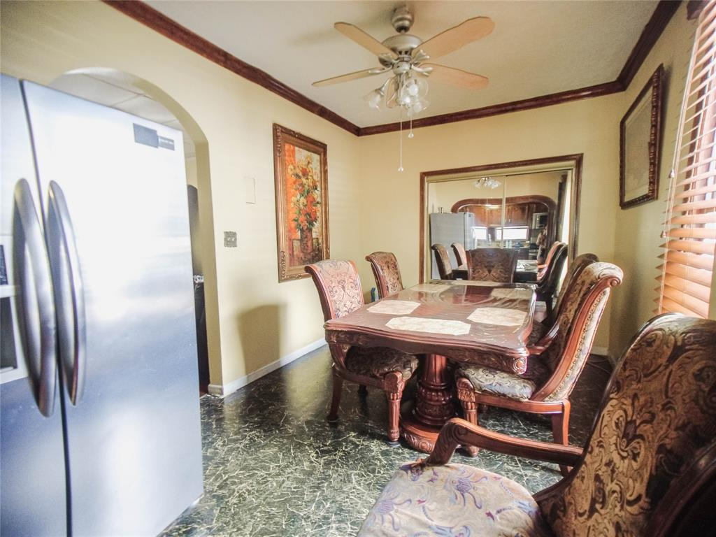 Pending | 1015 Brooks Street Houston, Texas 77009 15