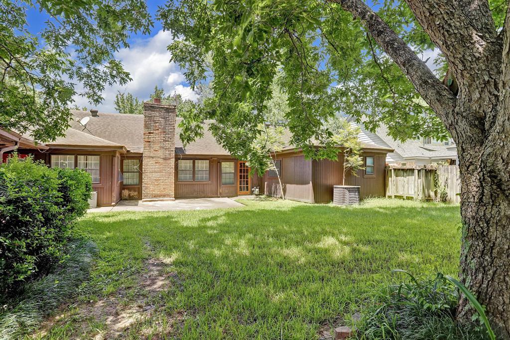 Active   1507 Hamlin Valley Drive Houston, Texas 77090 18
