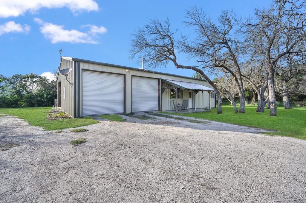 Active | 4060 County Road 201 Liberty Hill, TX 78642 19