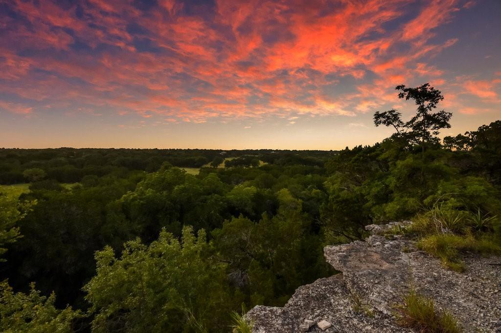 Active | 4060 County Road 201 Liberty Hill, TX 78642 35