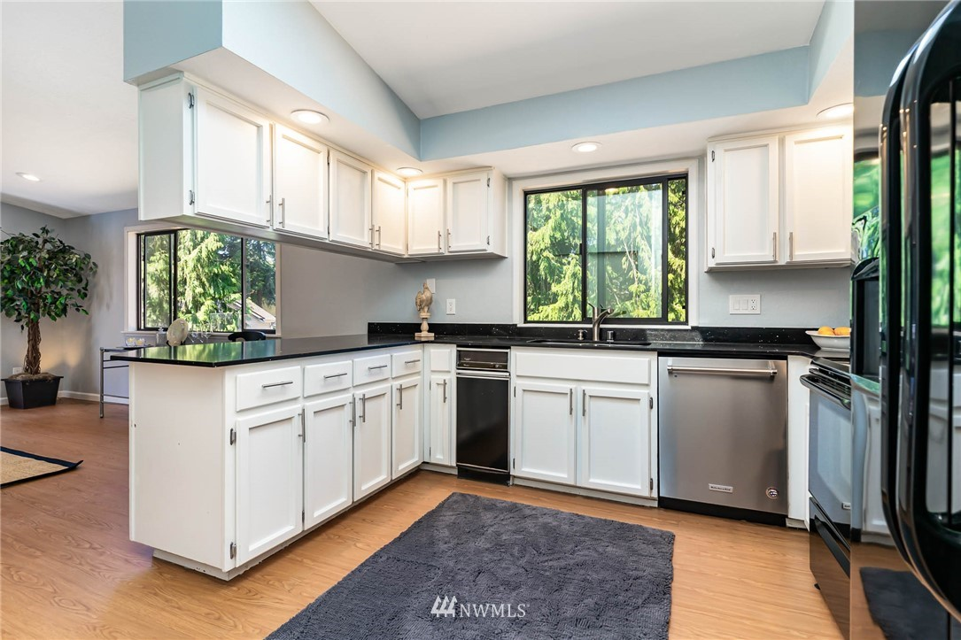 Sold Property   5606 219th Place SW Mountlake Terrace, WA 98043 5