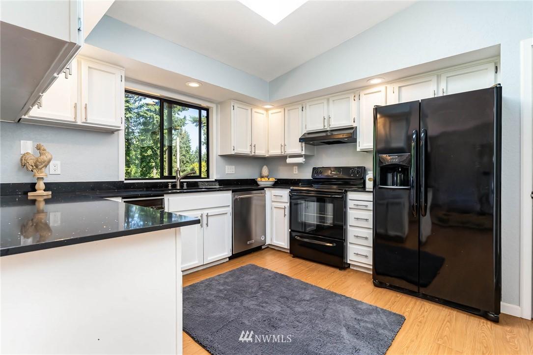 Sold Property   5606 219th Place SW Mountlake Terrace, WA 98043 6