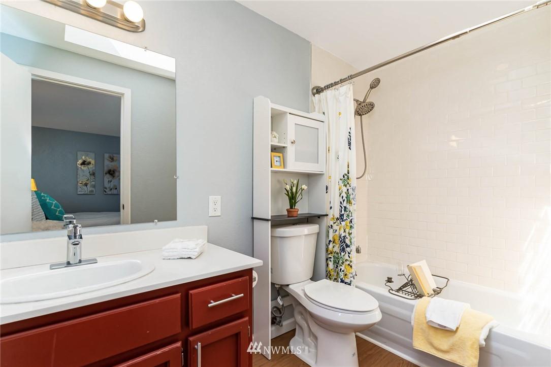 Sold Property   5606 219th Place SW Mountlake Terrace, WA 98043 9