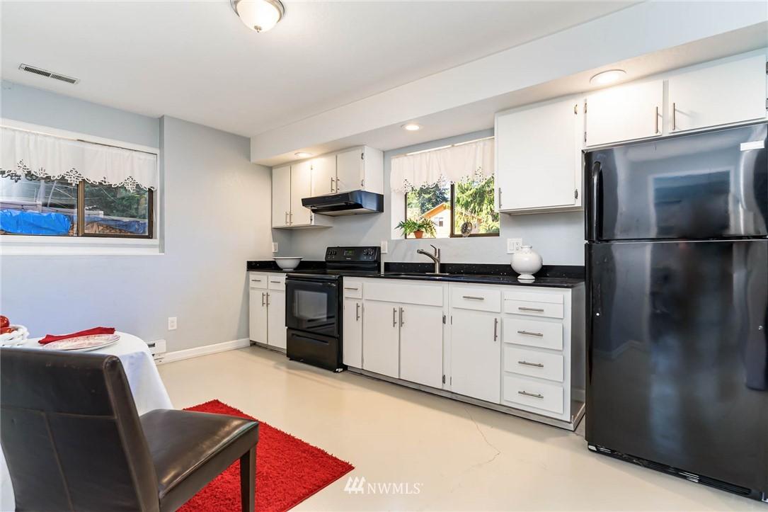 Sold Property   5606 219th Place SW Mountlake Terrace, WA 98043 16