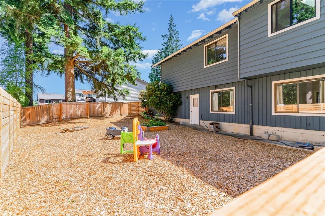 Sold Property   5606 219th Place SW Mountlake Terrace, WA 98043 26
