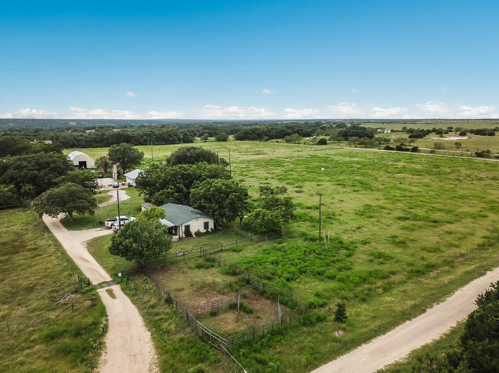Pending | 17600 W State Highway 29 Liberty Hill, TX 78642 2