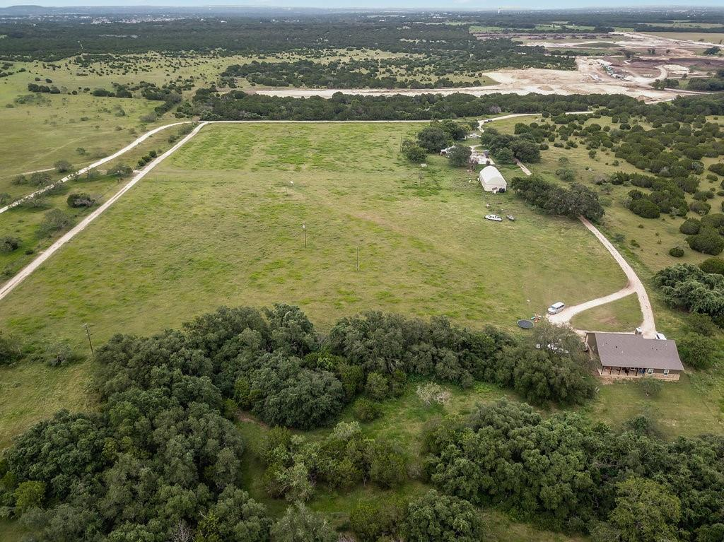 Pending | 17600 W State Highway 29 Liberty Hill, TX 78642 8