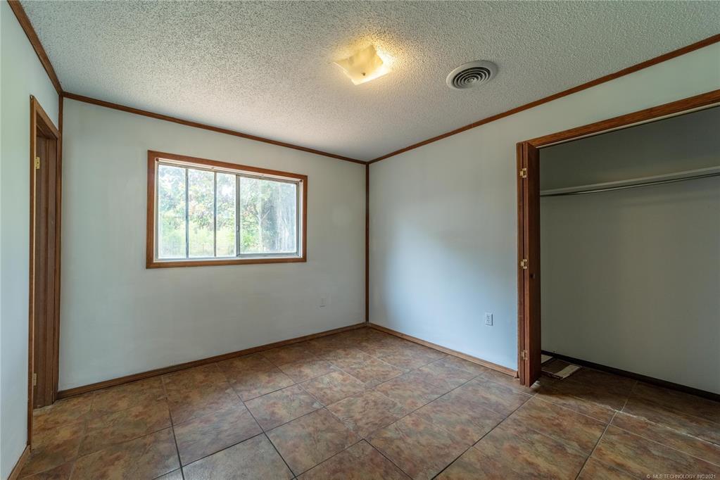 Active | 291 W Mockingbird Lane McAlester, Oklahoma 74501 17