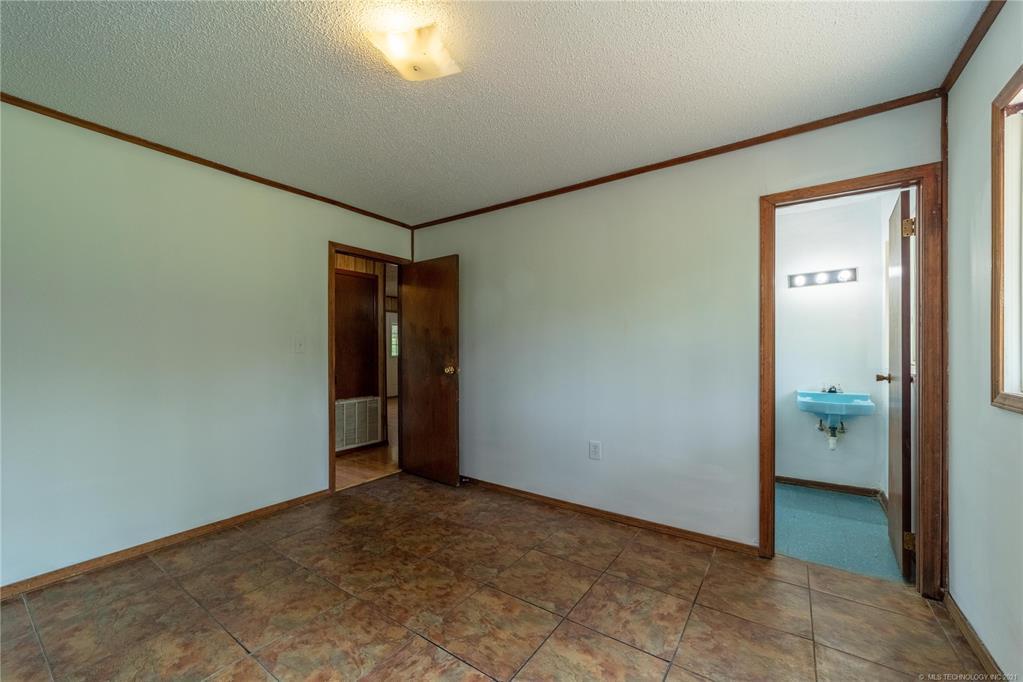 Active | 291 W Mockingbird Lane McAlester, Oklahoma 74501 18