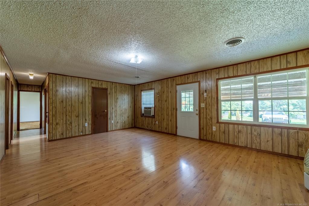 Active | 291 W Mockingbird Lane McAlester, Oklahoma 74501 3