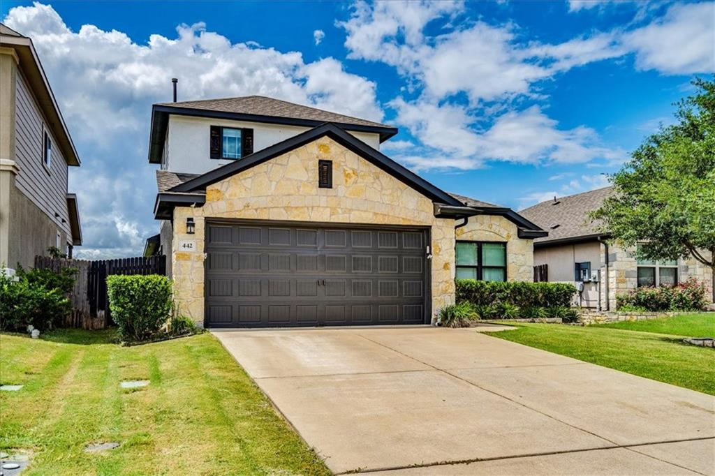Pending   442 Wincliff Drive Buda, TX 78610 28