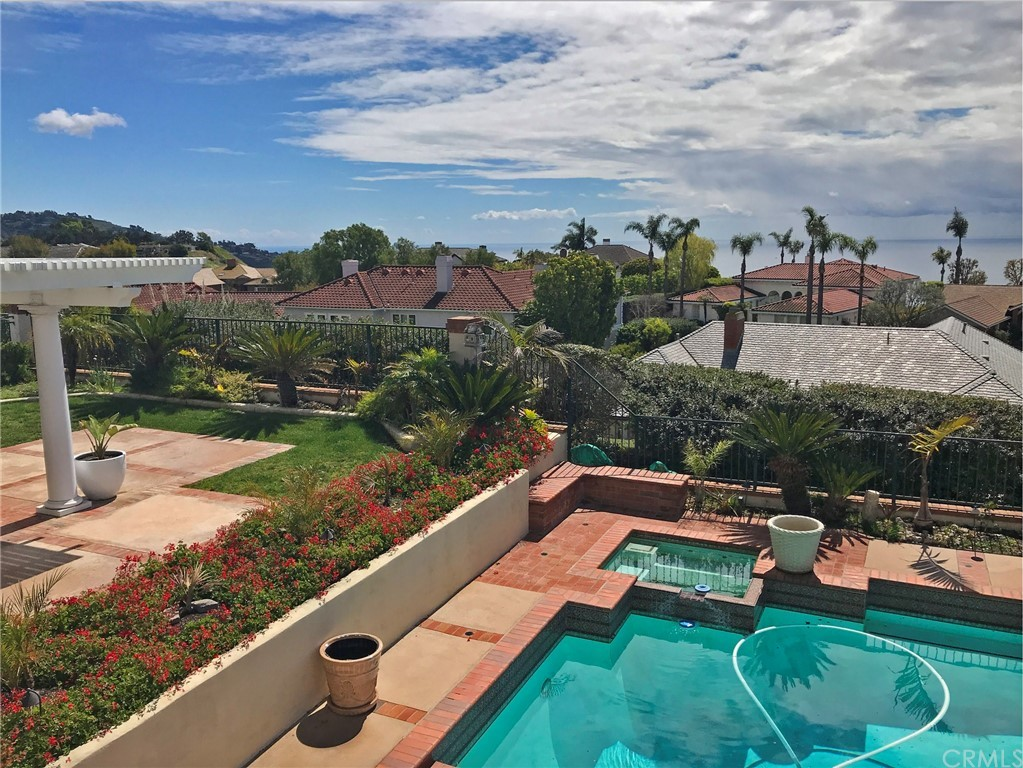 ActiveUnderContract   48 Santa Barbara Drive Rancho Palos Verdes, CA 90275 13