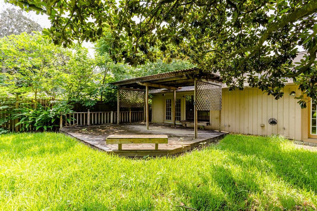 Off Market | 9650 Meadowland Drive Houston, Texas 77063 29