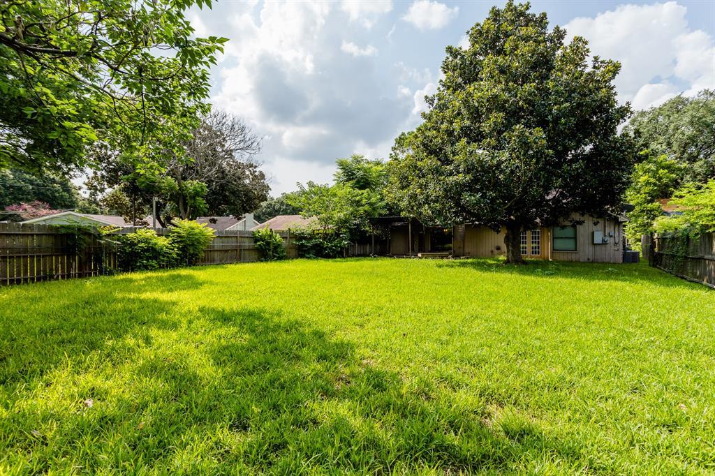 Off Market | 9650 Meadowland Drive Houston, Texas 77063 30