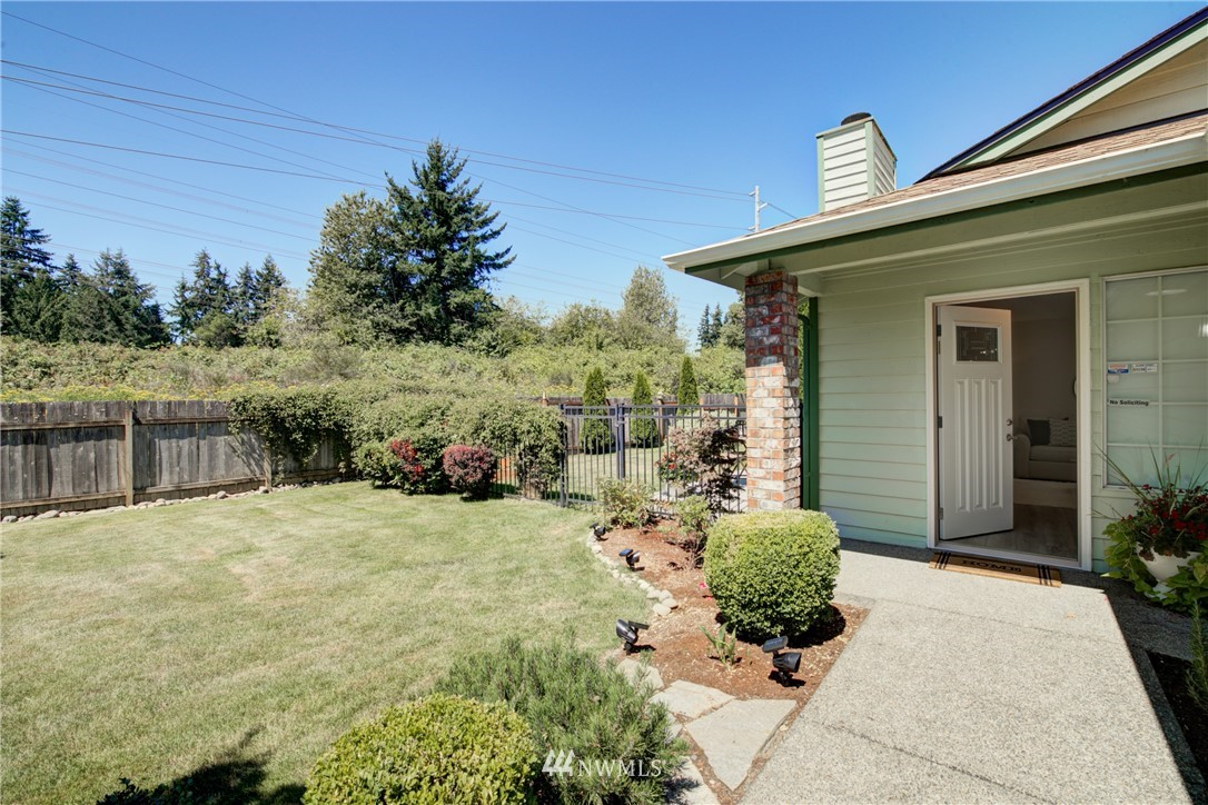 Sold Property | 35359 13th Place SW Federal Way, WA 98023 2