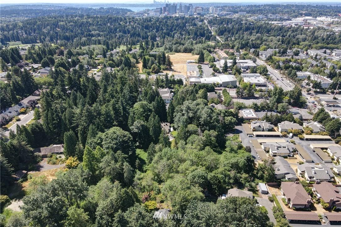 Sold Property | 695 143rd Avenue NE Bellevue, WA 98007 29