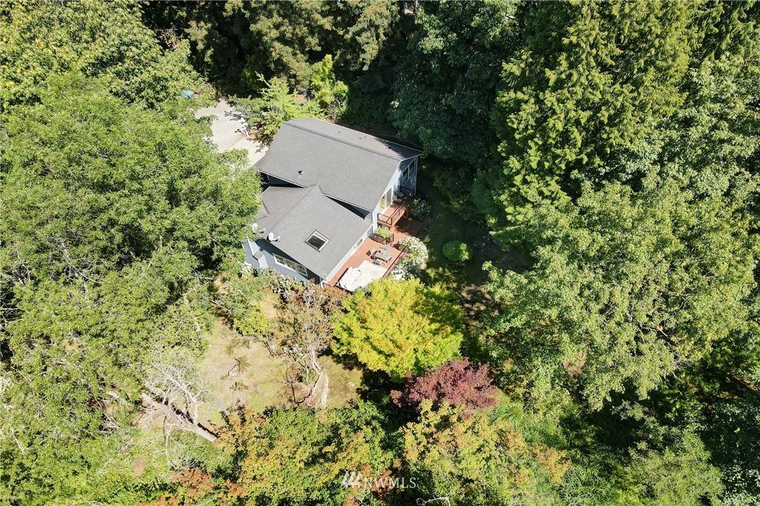 Sold Property | 695 143rd Avenue NE Bellevue, WA 98007 32