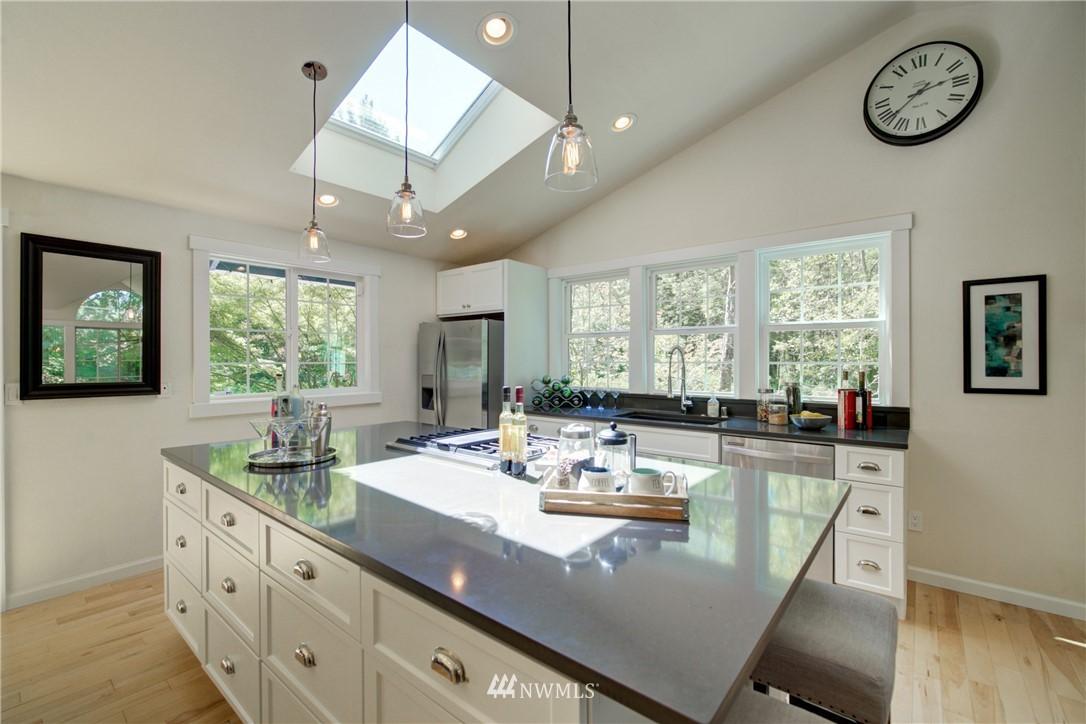 Sold Property | 695 143rd Avenue NE Bellevue, WA 98007 8