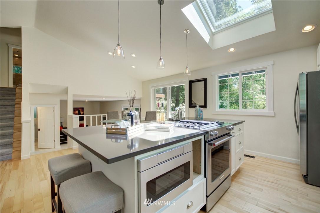 Sold Property | 695 143rd Avenue NE Bellevue, WA 98007 9