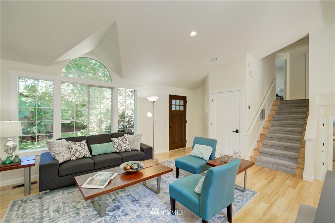 Sold Property | 695 143rd Avenue NE Bellevue, WA 98007 5