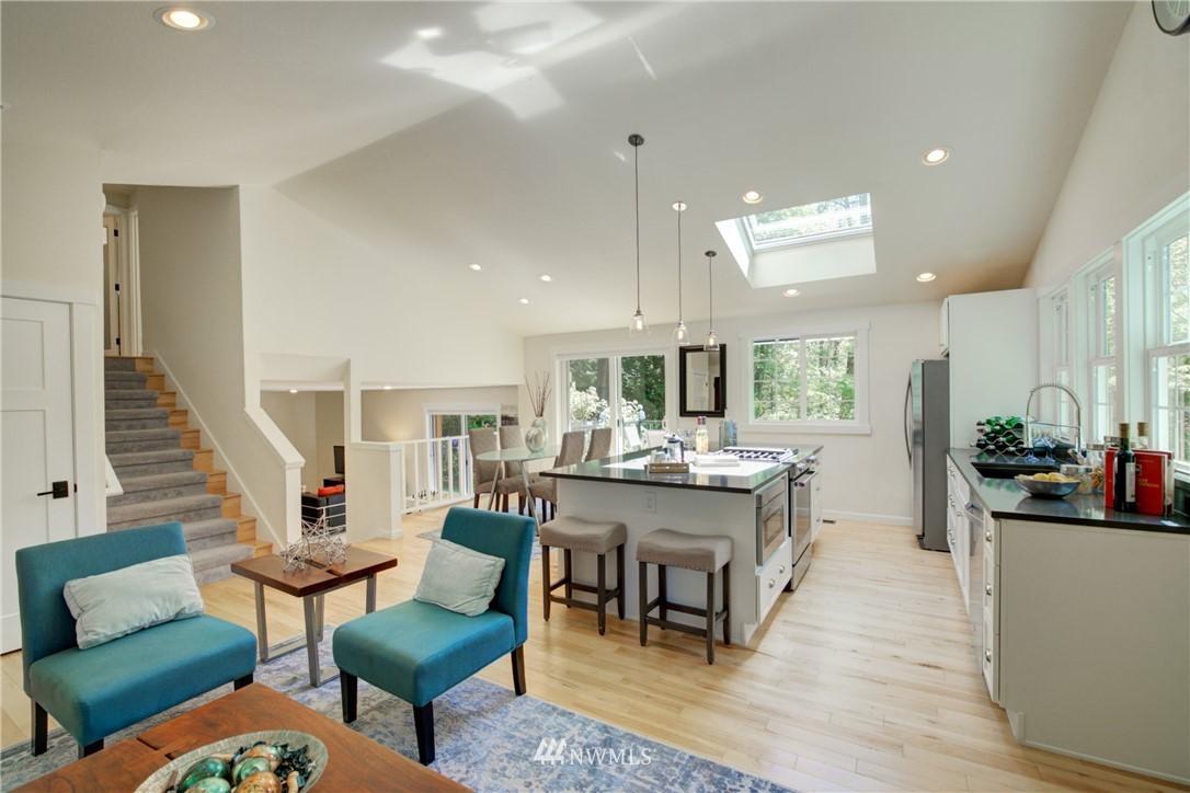Sold Property | 695 143rd Avenue NE Bellevue, WA 98007 11