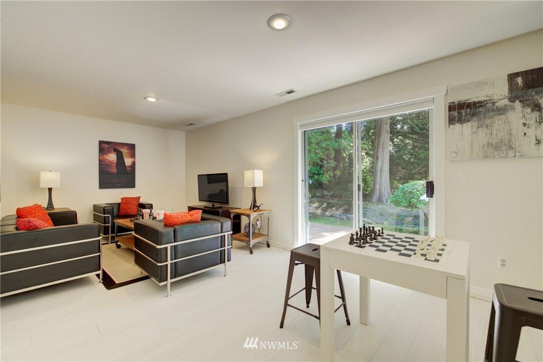 Sold Property | 695 143rd Avenue NE Bellevue, WA 98007 12