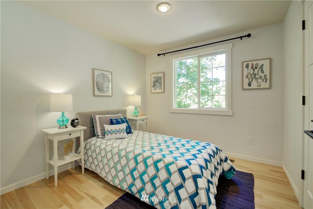 Sold Property | 695 143rd Avenue NE Bellevue, WA 98007 21