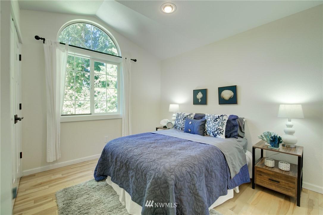 Sold Property | 695 143rd Avenue NE Bellevue, WA 98007 22