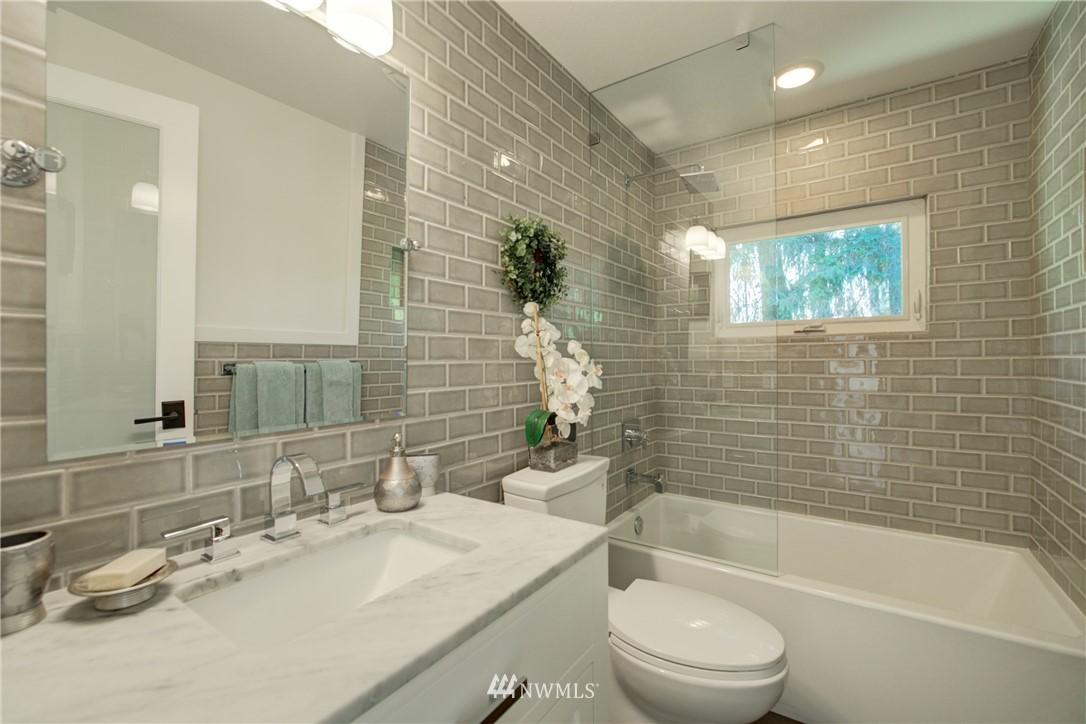 Sold Property | 695 143rd Avenue NE Bellevue, WA 98007 23