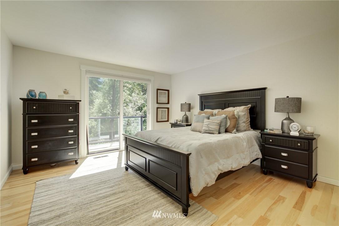 Sold Property | 695 143rd Avenue NE Bellevue, WA 98007 18