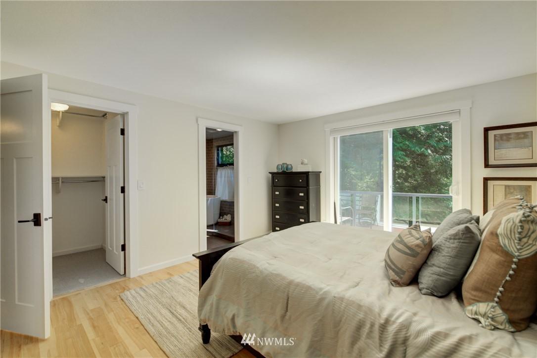 Sold Property | 695 143rd Avenue NE Bellevue, WA 98007 19