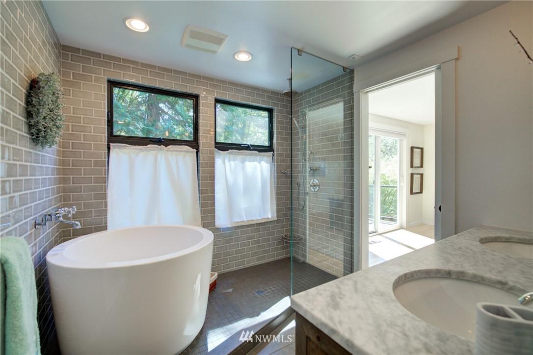 Sold Property | 695 143rd Avenue NE Bellevue, WA 98007 17