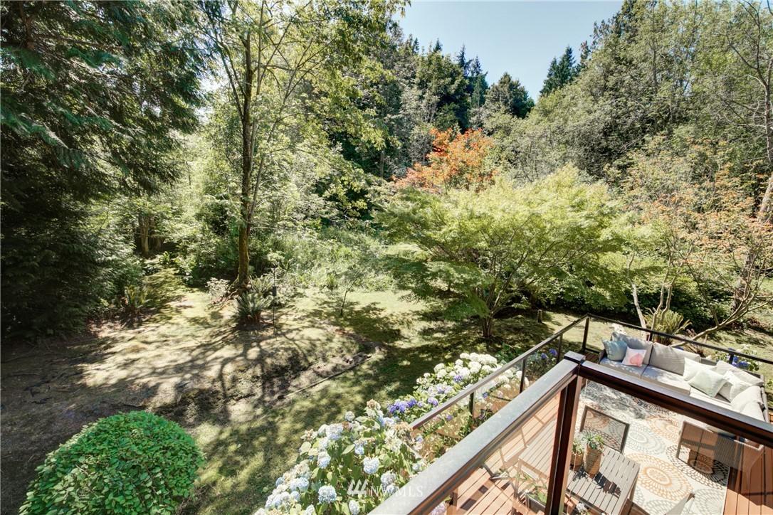 Sold Property | 695 143rd Avenue NE Bellevue, WA 98007 26