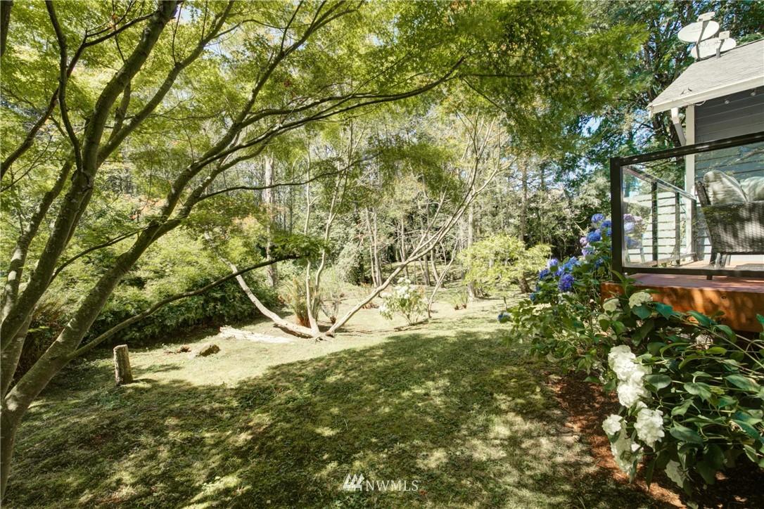 Sold Property | 695 143rd Avenue NE Bellevue, WA 98007 35